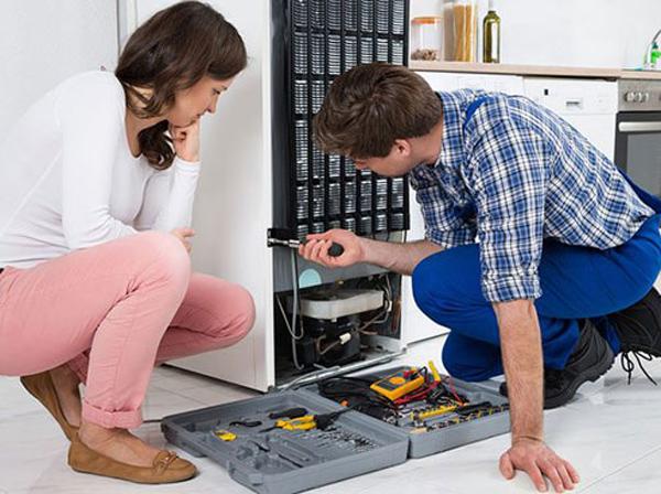 Sửa tủ lạnh không vào điện